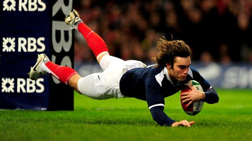 Classic Match: France stay on course for Grand Slam in Cardiff in 2010
