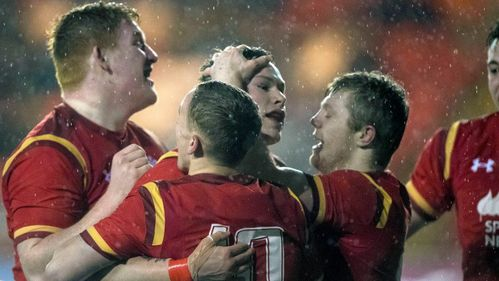 Wales Under-20s run in eight tries to beat Scotland