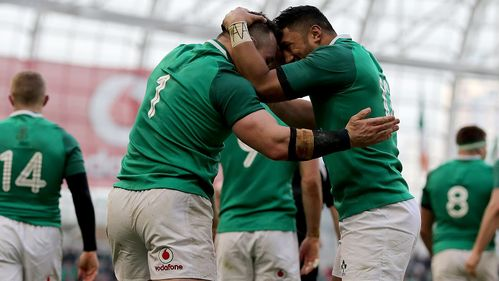 Ireland hold off Welsh comeback for third victory
