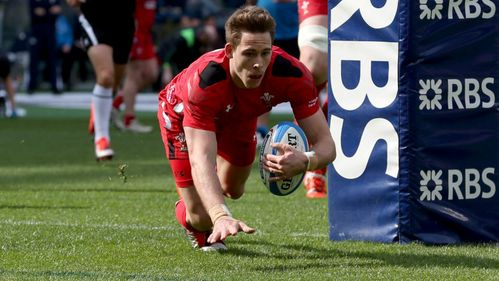 Bennett: Wales have world's best full-backs