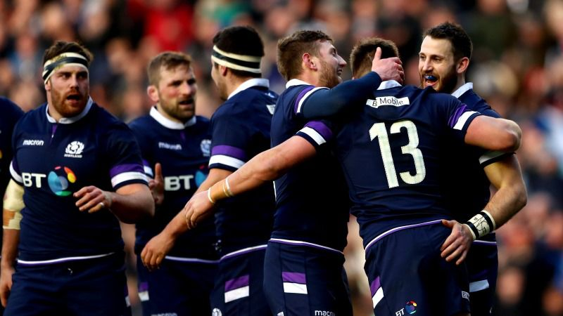 6N: Scotland beats Italy 29-27 with late Laidlaw penalty