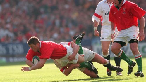 Gareth Thomas reflects on his own #TopMoment against England