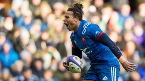 Thomas brace helps France defeat Pumas in Lille