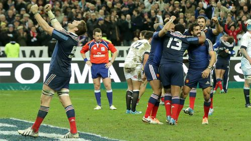Fickou seals dramatic late victory for France