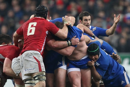 France and Wales scrum