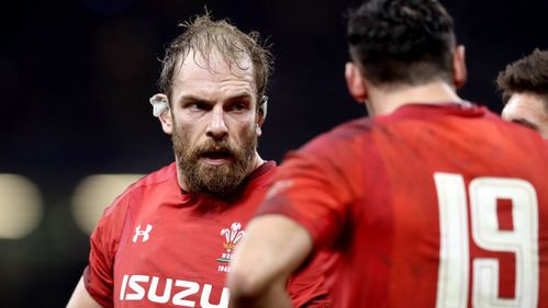 Davies and Adams earn spots in Wales' NatWest 6 Nations squad